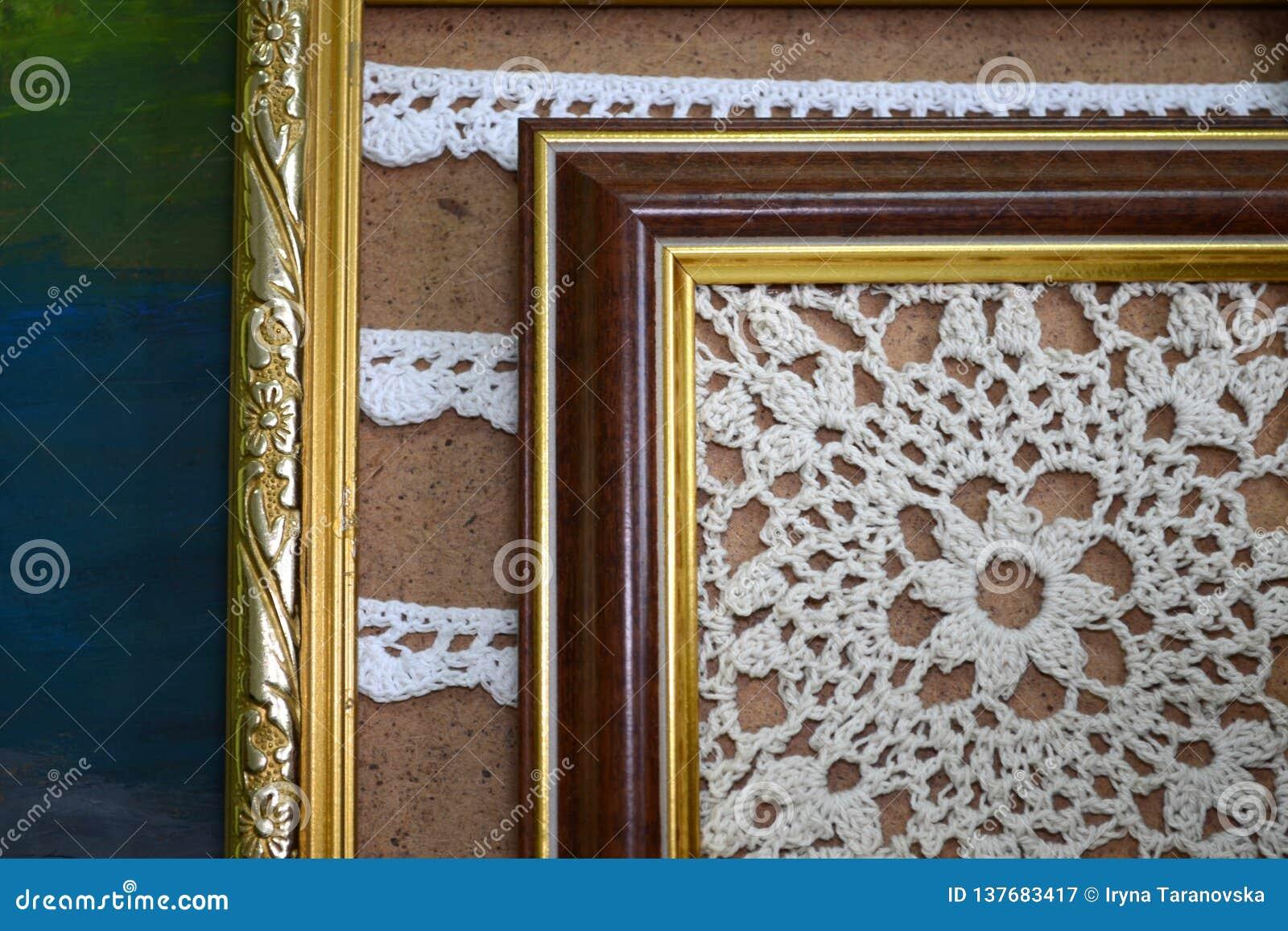2 картины вязать крючком крючком с белыми потоками в винтажных деревянных рамках