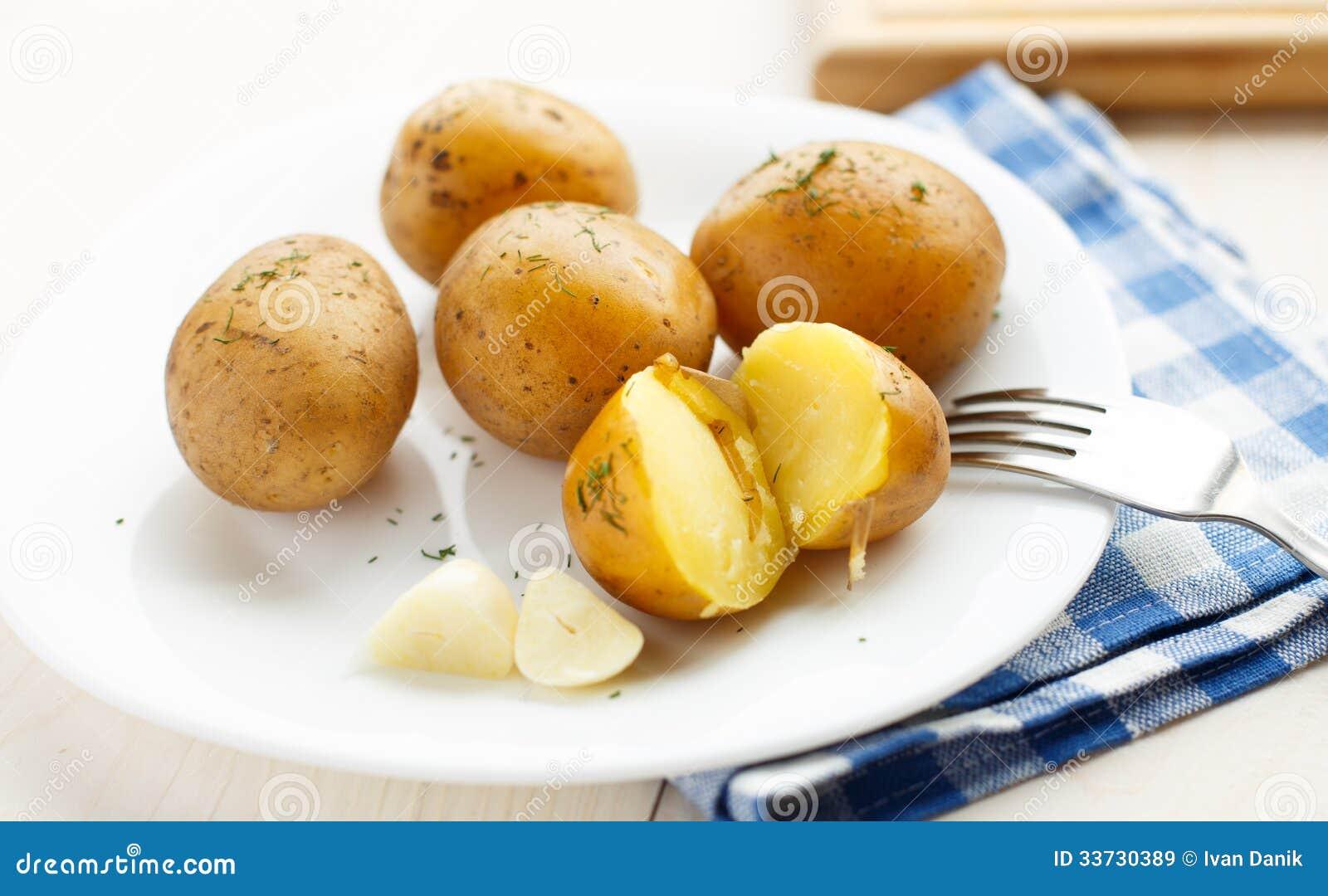 Картошки кипеть детенышами с укропом
