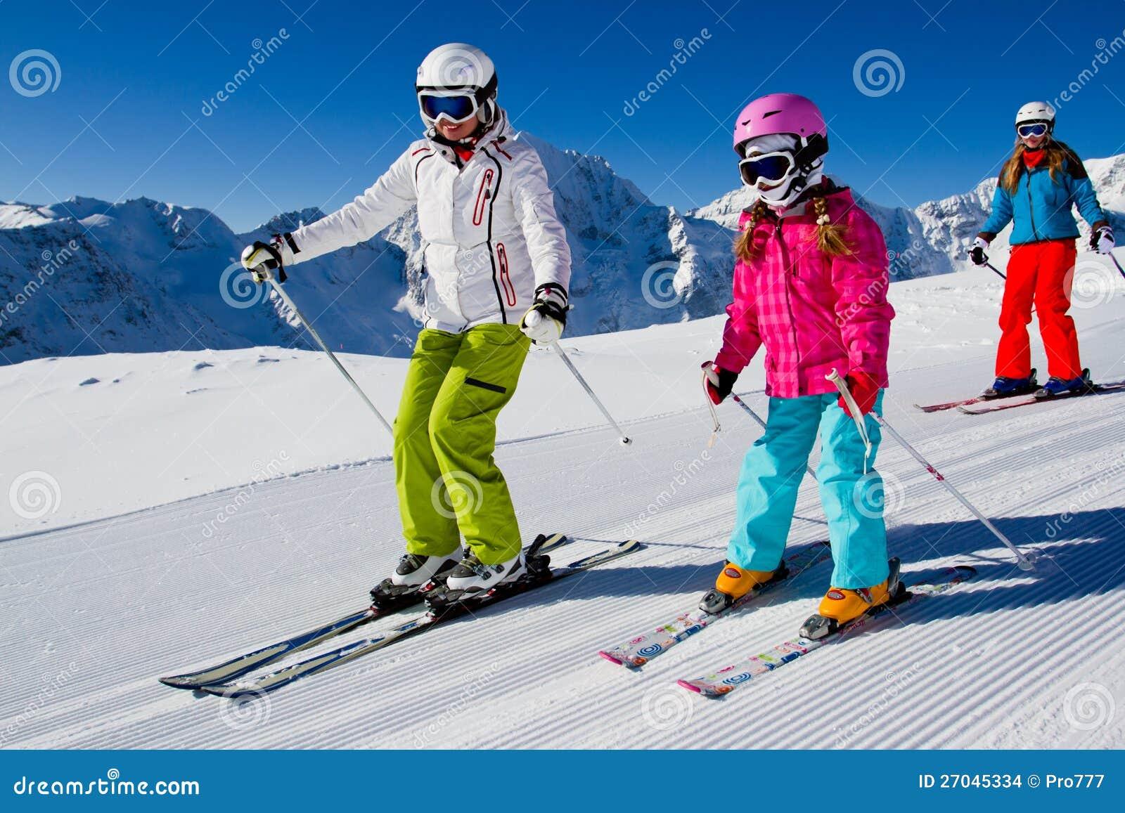 Катание на лыжах, урок лыжи