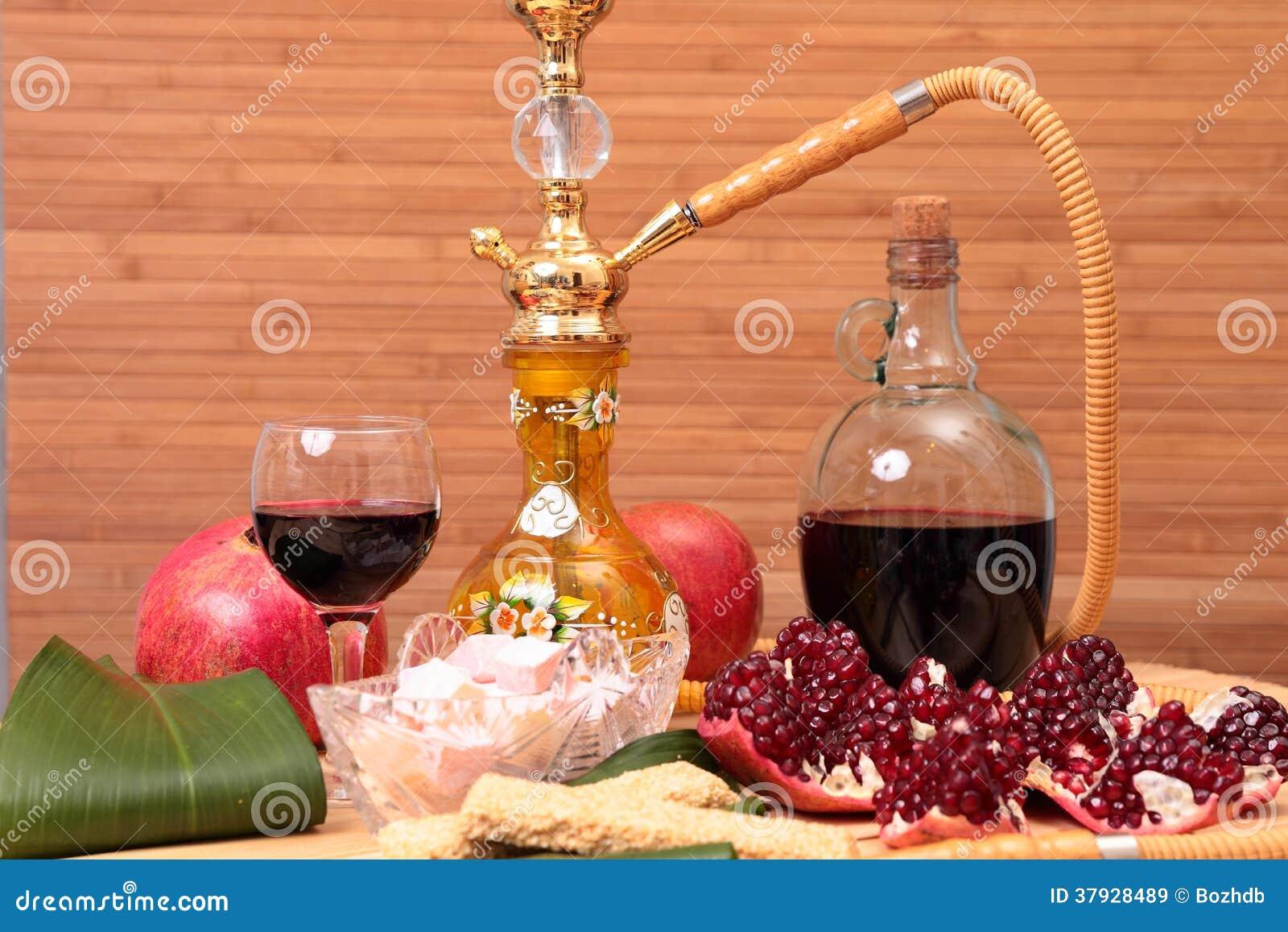 Кальян, вино и помадки