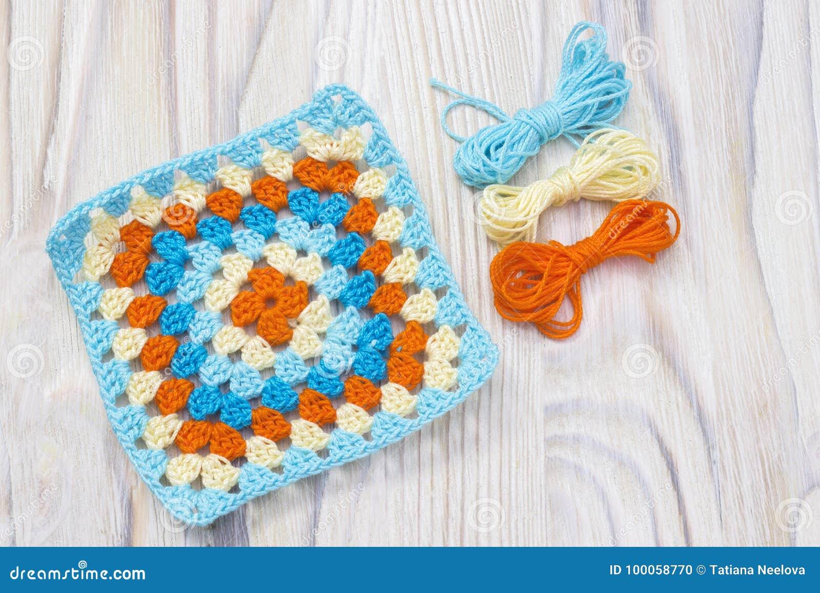 квадрат бабушки вязания крючком Handmade шарики пряжи начало яркой