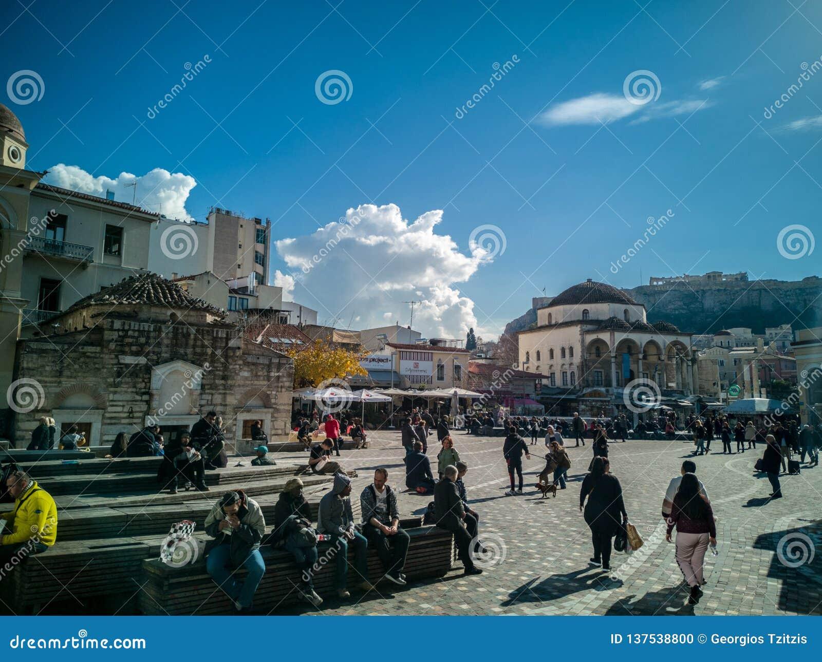 Квадрат Monastiraki в центре Афина