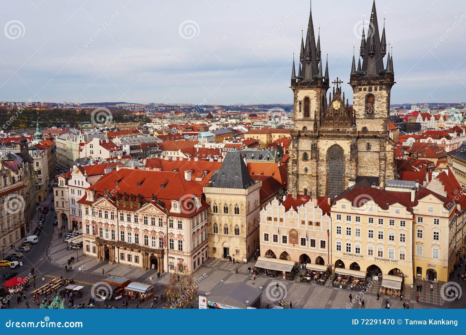 Download Квадрат в Праге стоковое фото. изображение насчитывающей померанцово - 72291470
