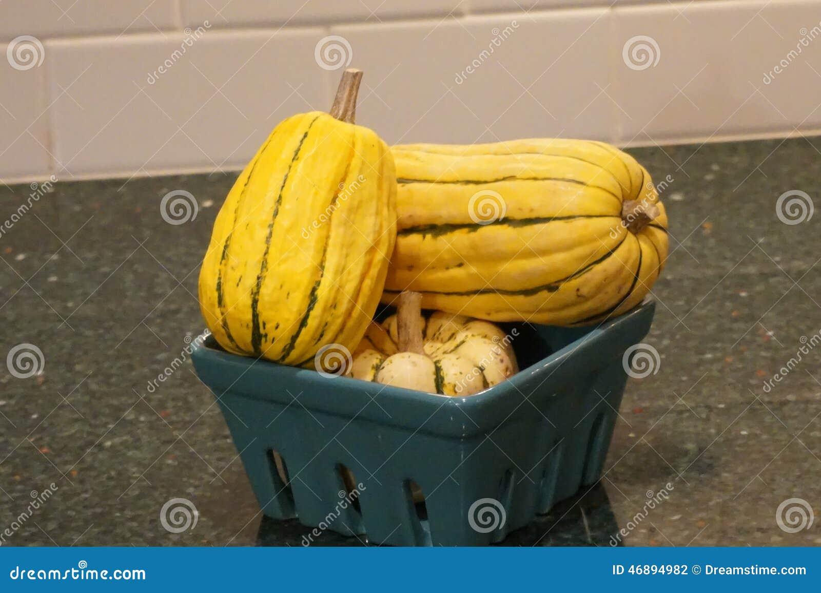 Керамический шар овощей