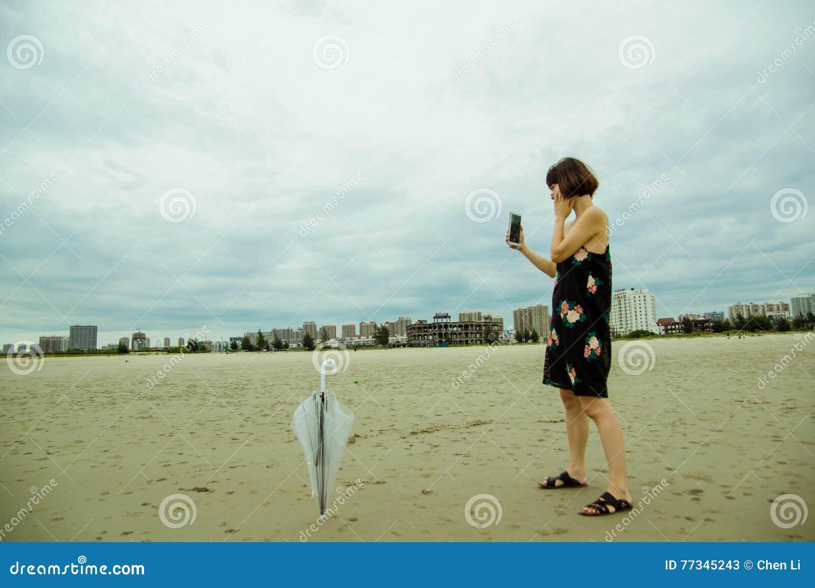 Калининграда дешево зрелая женщина перед камерой