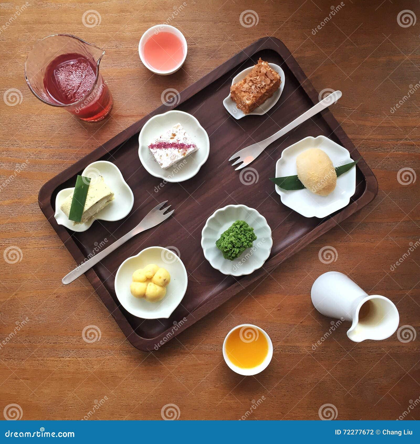 Download китайский десерт стоковое фото. изображение насчитывающей таблица - 72277672