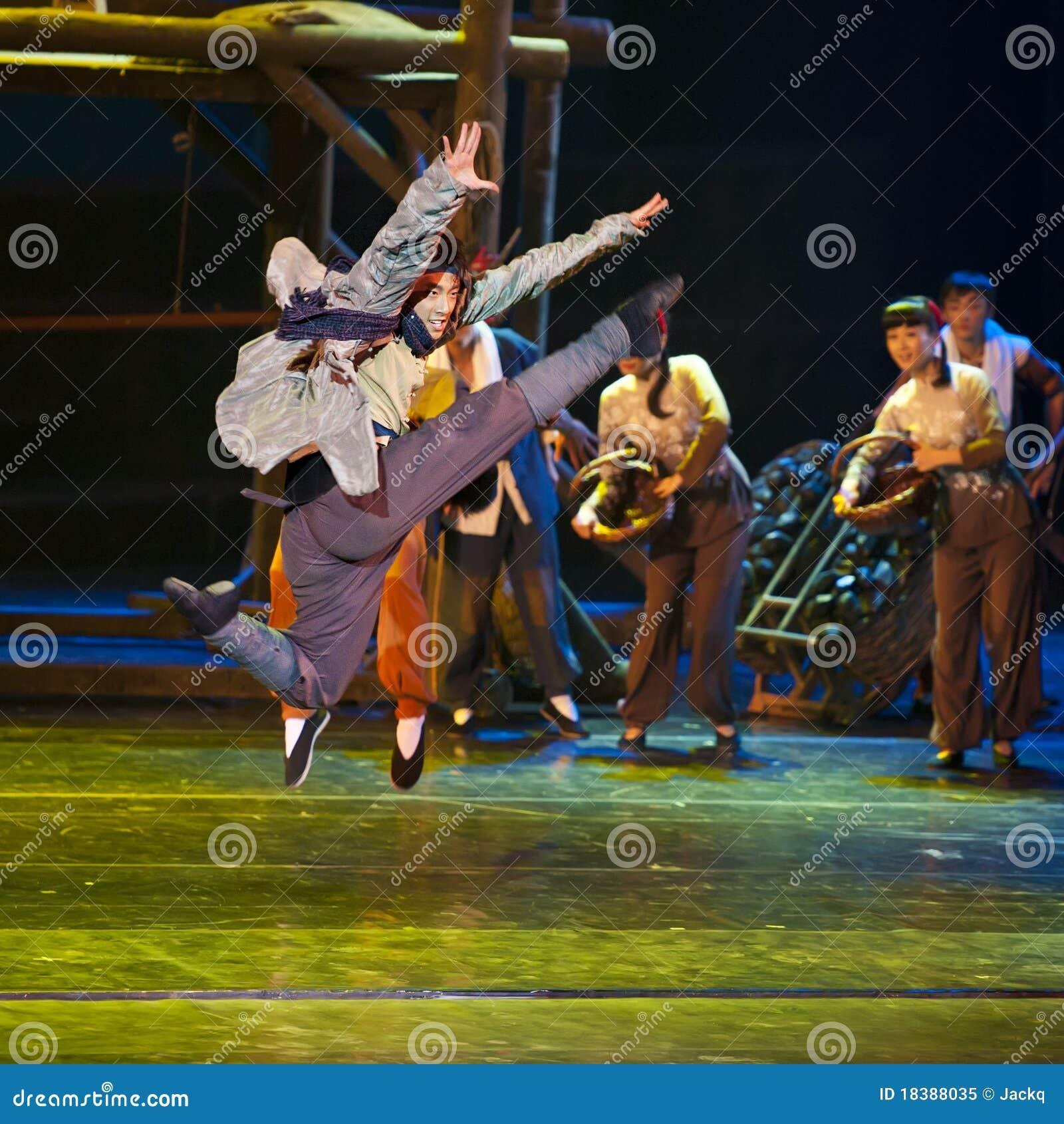 китайский танцор самомоднейший