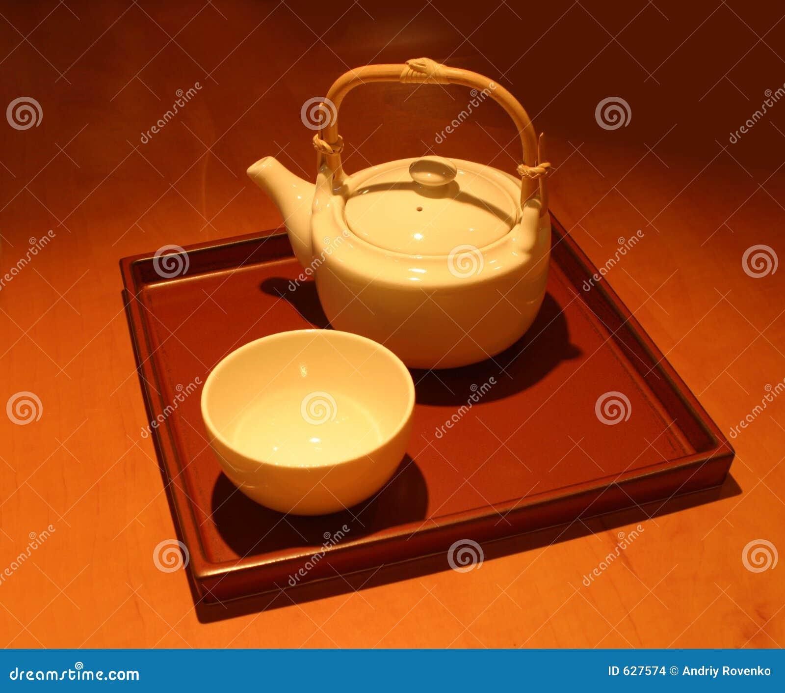 Download китайский чайник стоковое фото. изображение насчитывающей циннамон - 627574