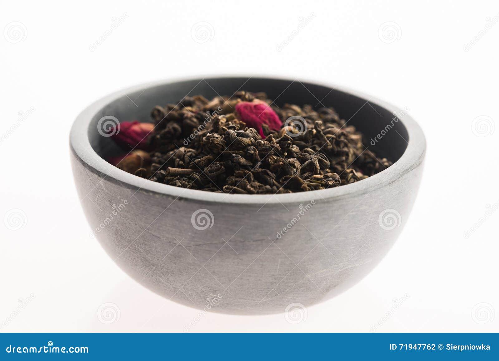 Китайский чай с розовыми бутонами