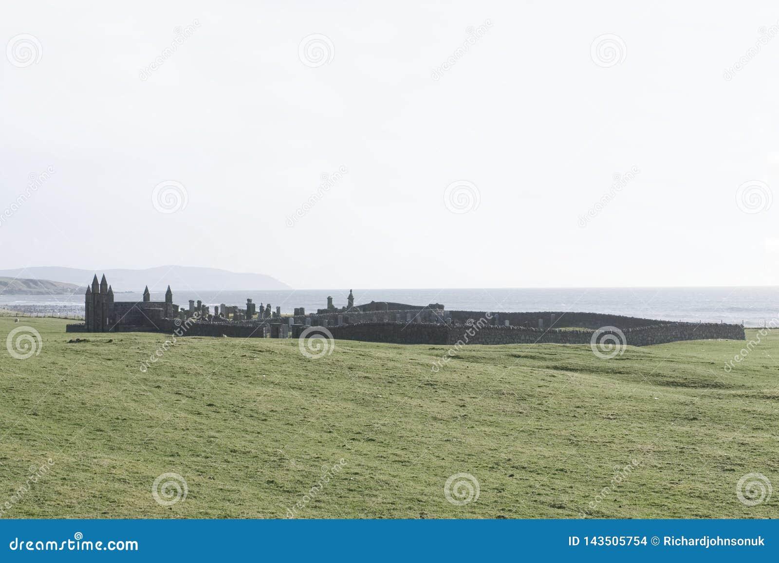 Кладбище погоста Glenbarr старое старое в Kintyre Argyll и Bute Шотландии Великобритании