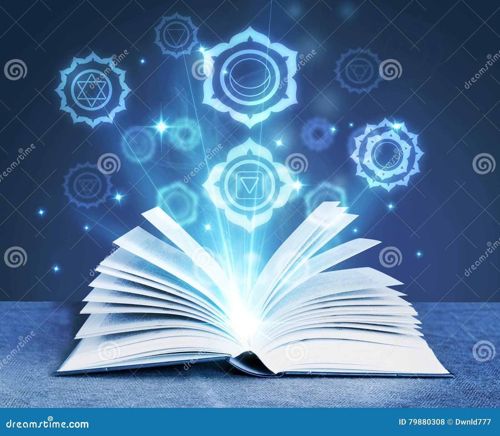 Книга с волшебными символами