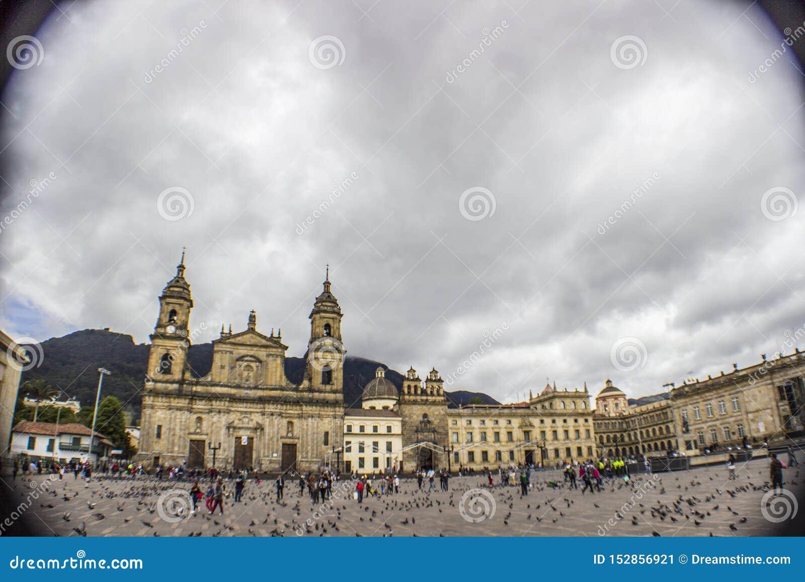 Колониальный городской bogota Колумбия панорамная