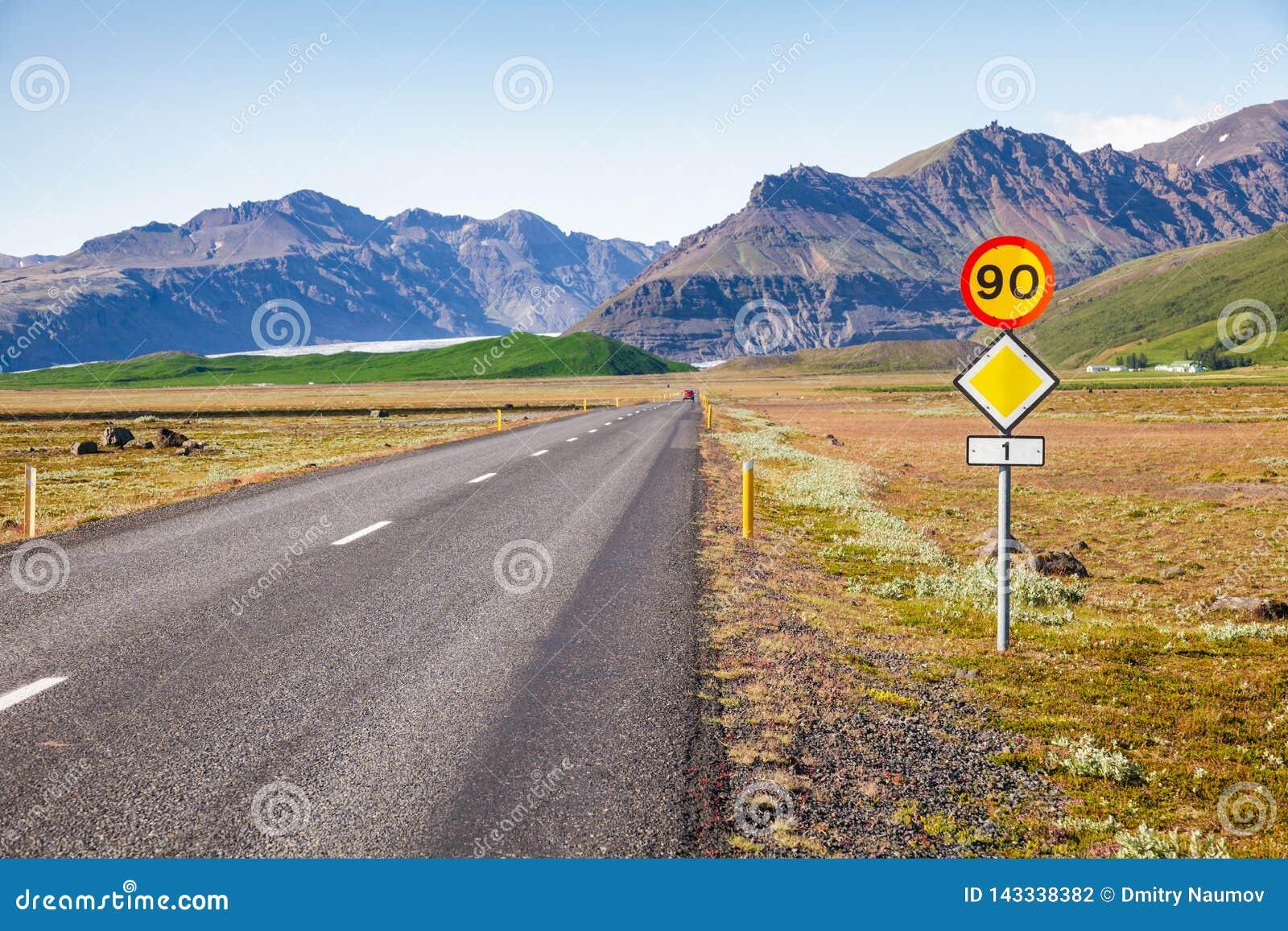 Кольцевая дорога восточная Исландия Скандинавия маршрута 1