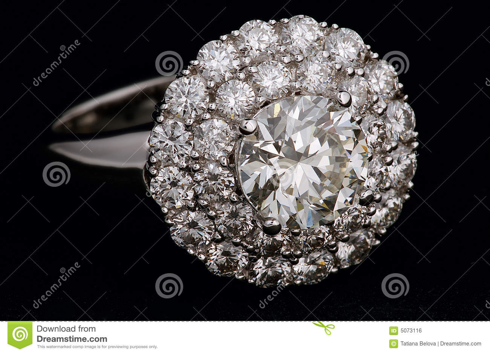 кольцо диамантов