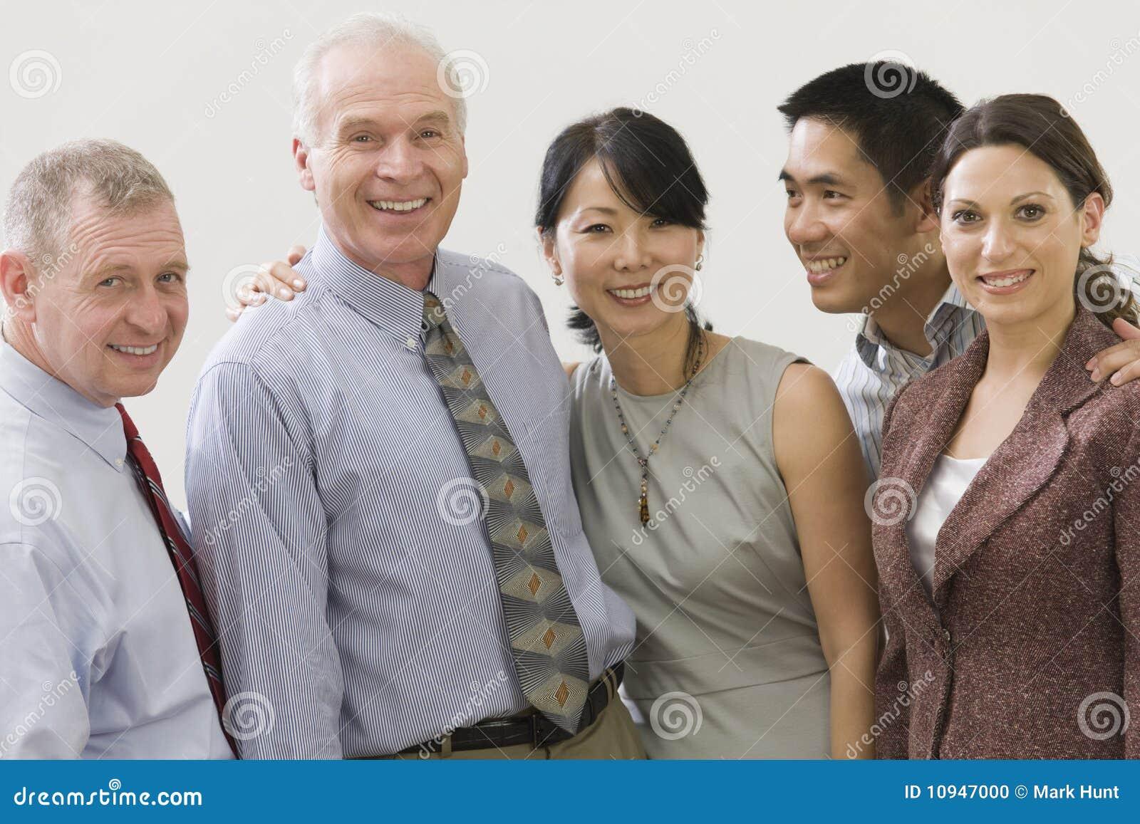 команда старшия менеджера