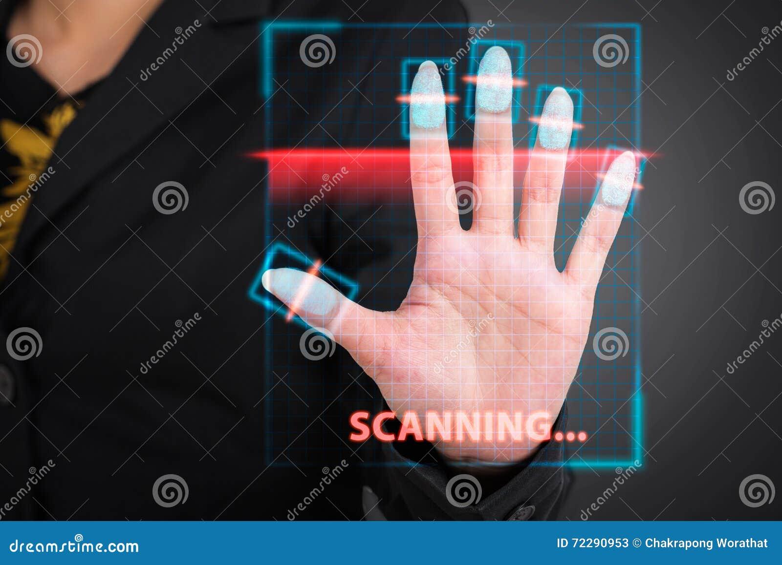Download Коммерсантка отжимая высокую технологию кода штриховой маркировки развертки Стоковое Изображение - изображение насчитывающей фингерпринт, дело: 72290953