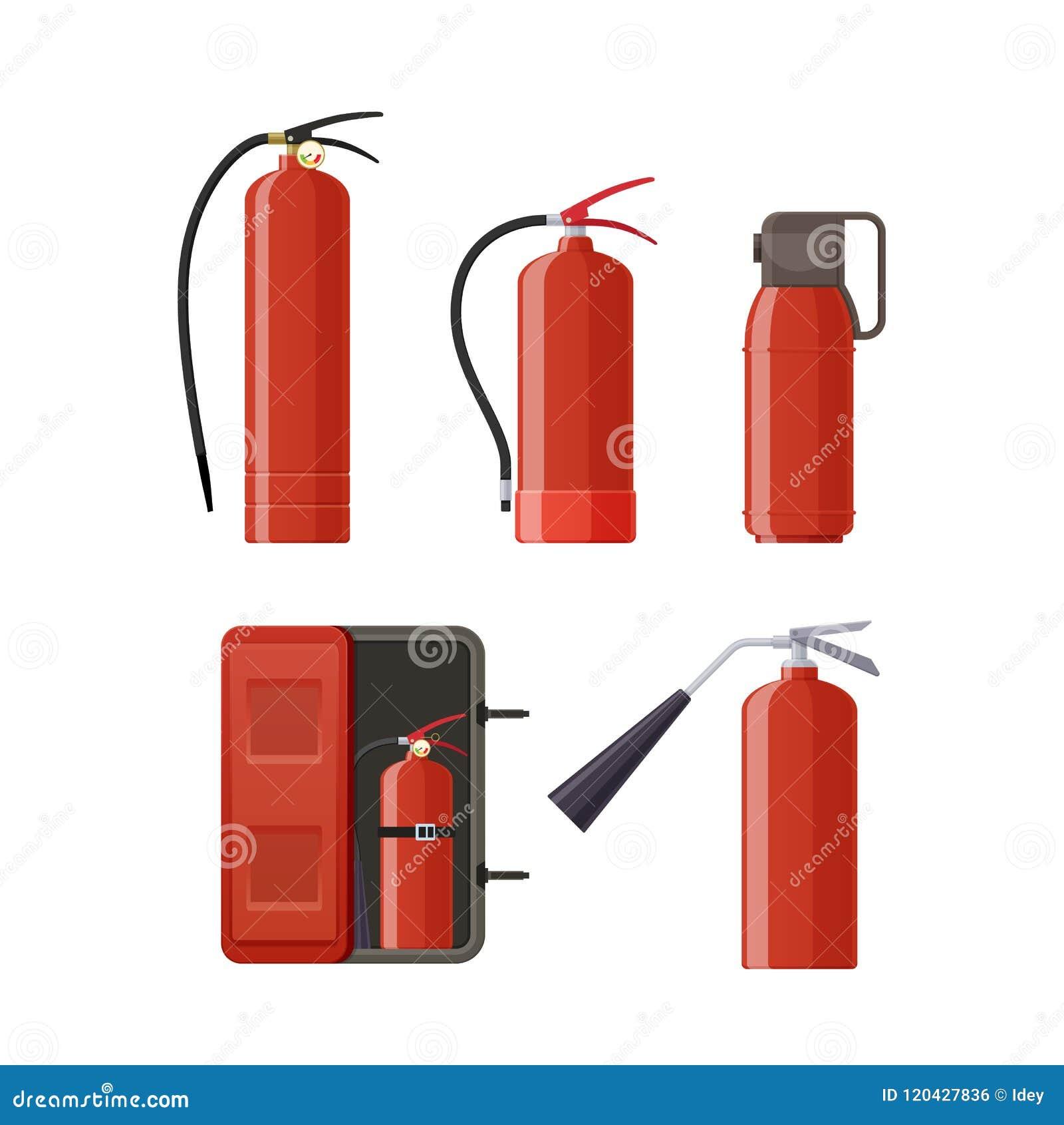Комплект различных огнетушителей металла, различных форм, сопл, шлангов