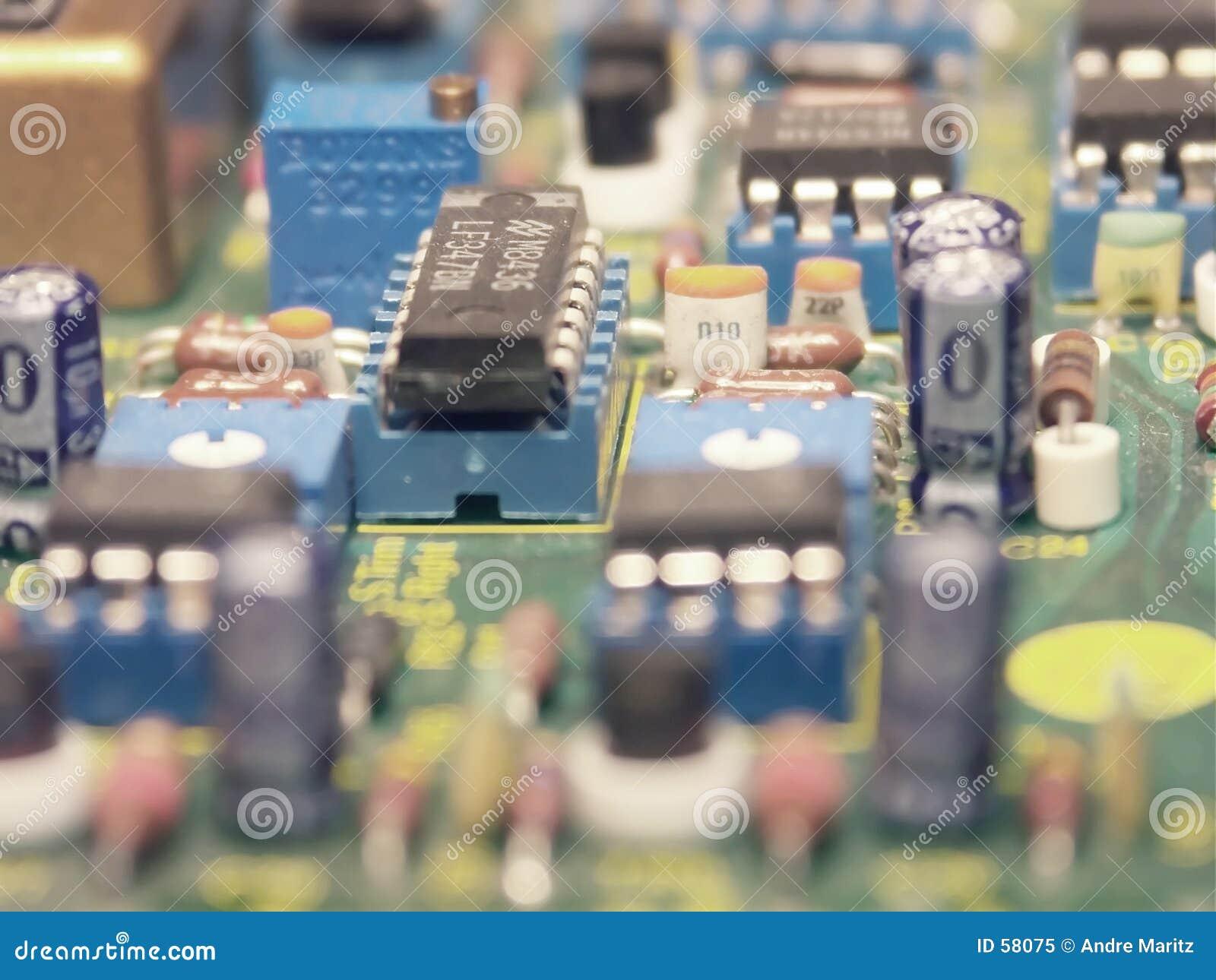 компоненты электронные