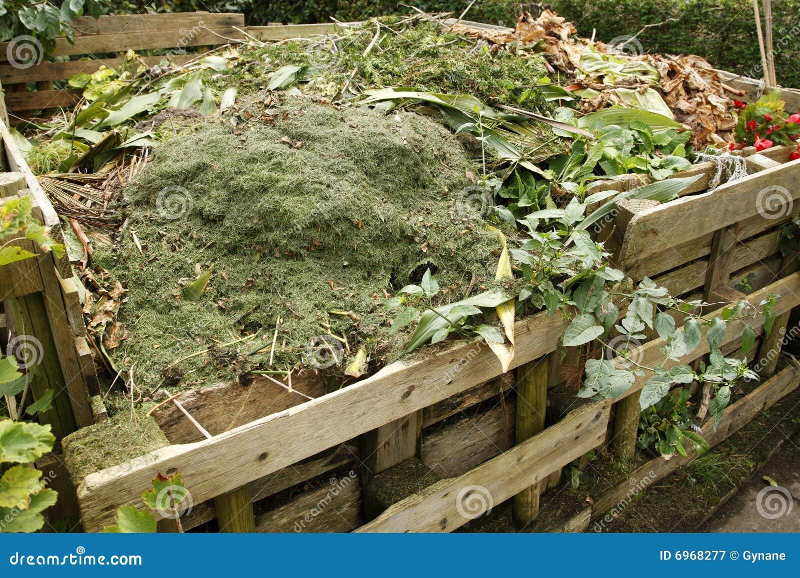 Как в огороде сделать компостную кучу