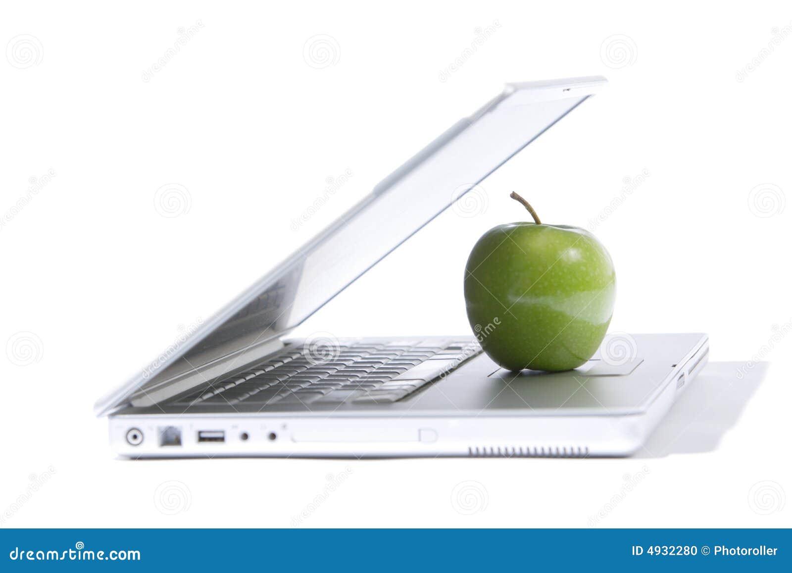 компьтер-книжка яблока