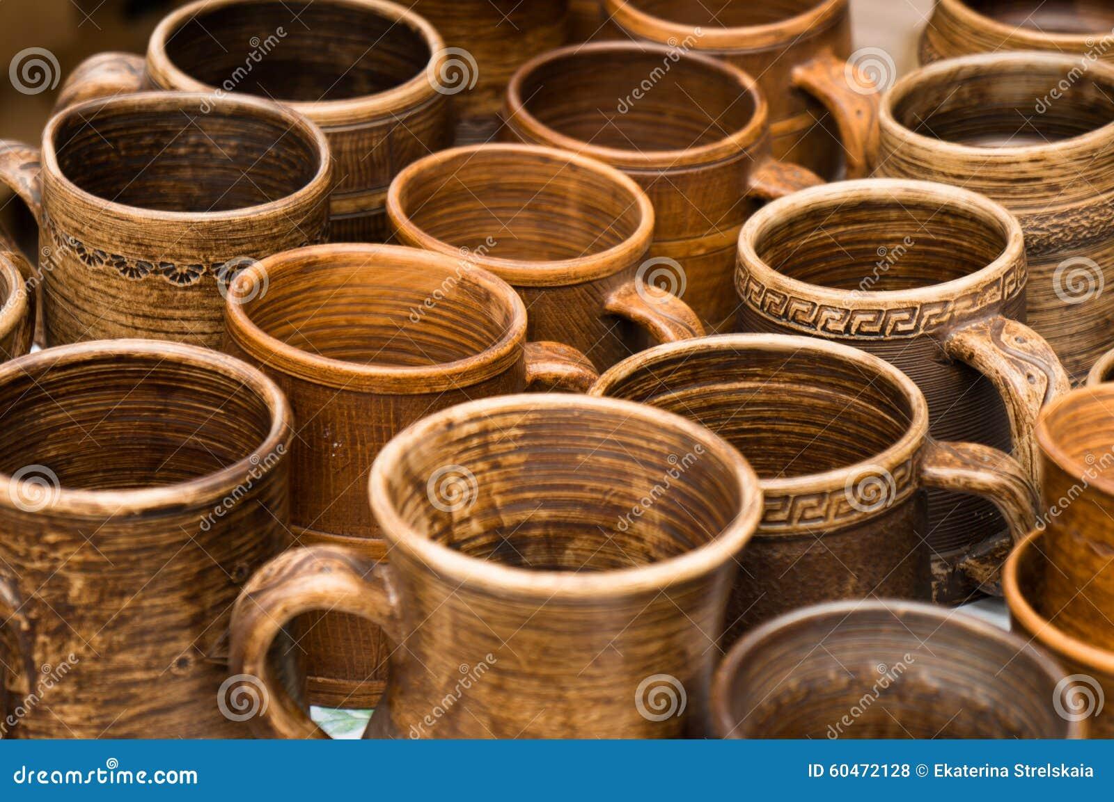 Комплект глиняных горшков