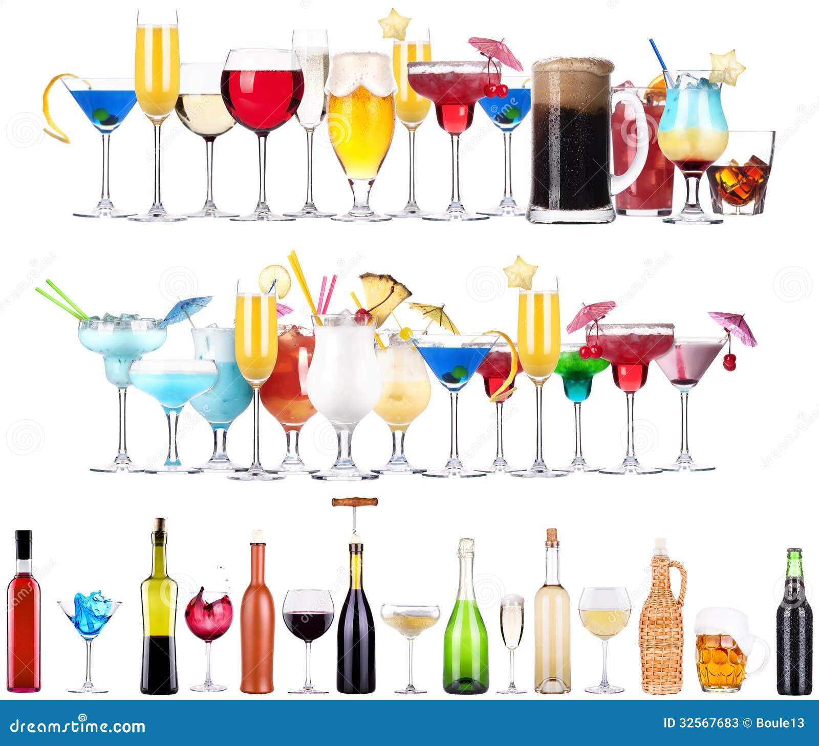 Комплект различных алкогольных напитков и коктеилов