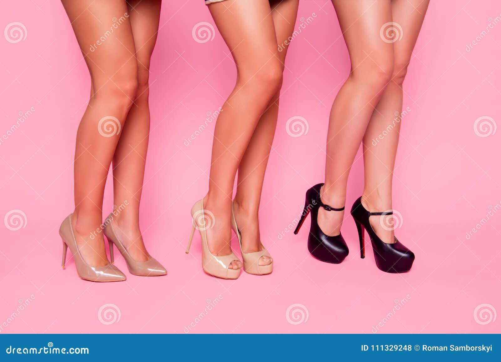 Красивые картинки девушек их ног женщины