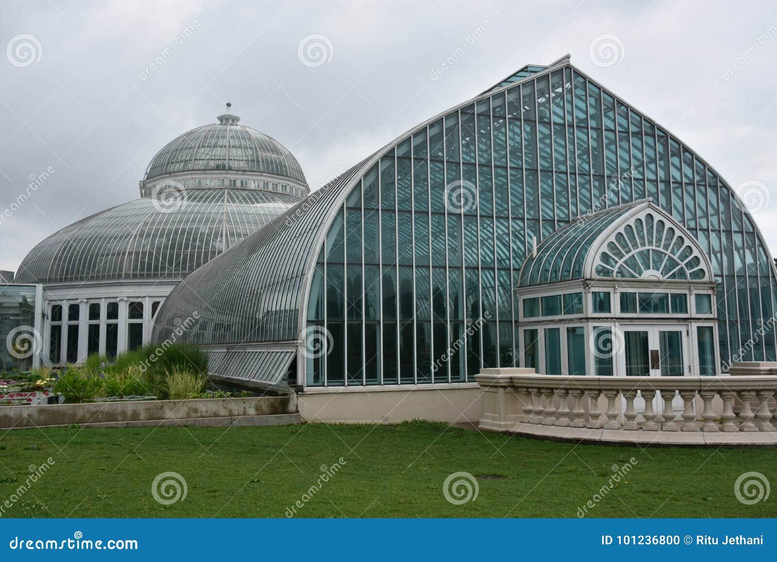 Консерватория Marjorie McNeely в St Paul, Минесоте