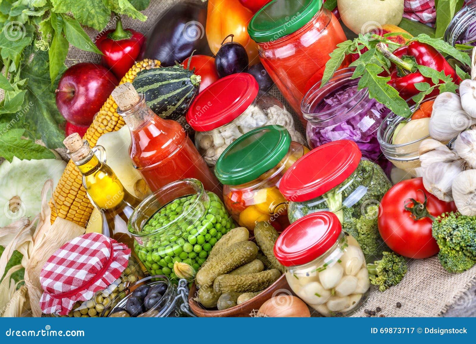 консервация еды огурцов замаринованная опарником