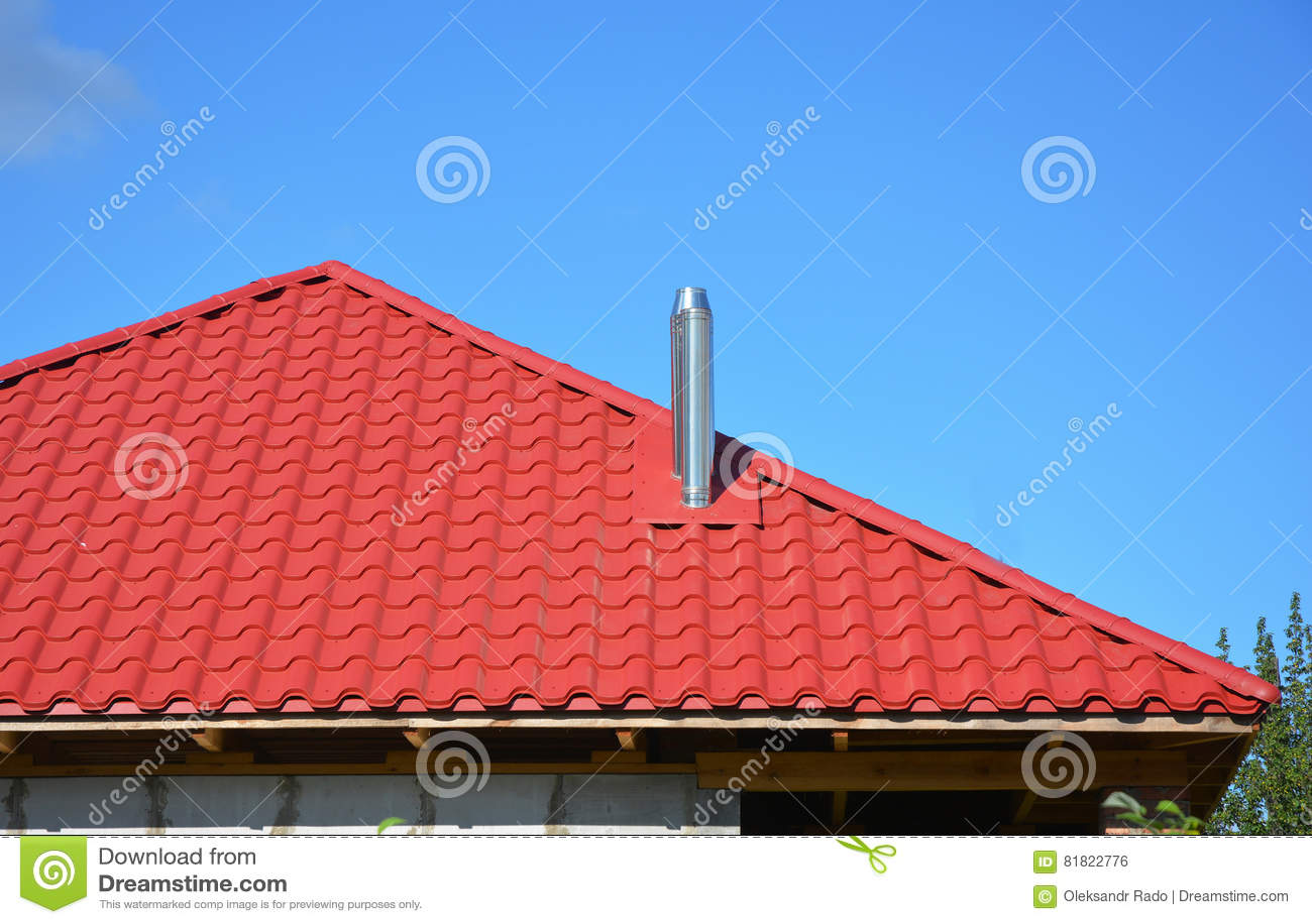 Конструкция толя Новый красный металл крыл крышу черепицей с стальным экстерьером конструкции толя дома печной трубы без системы