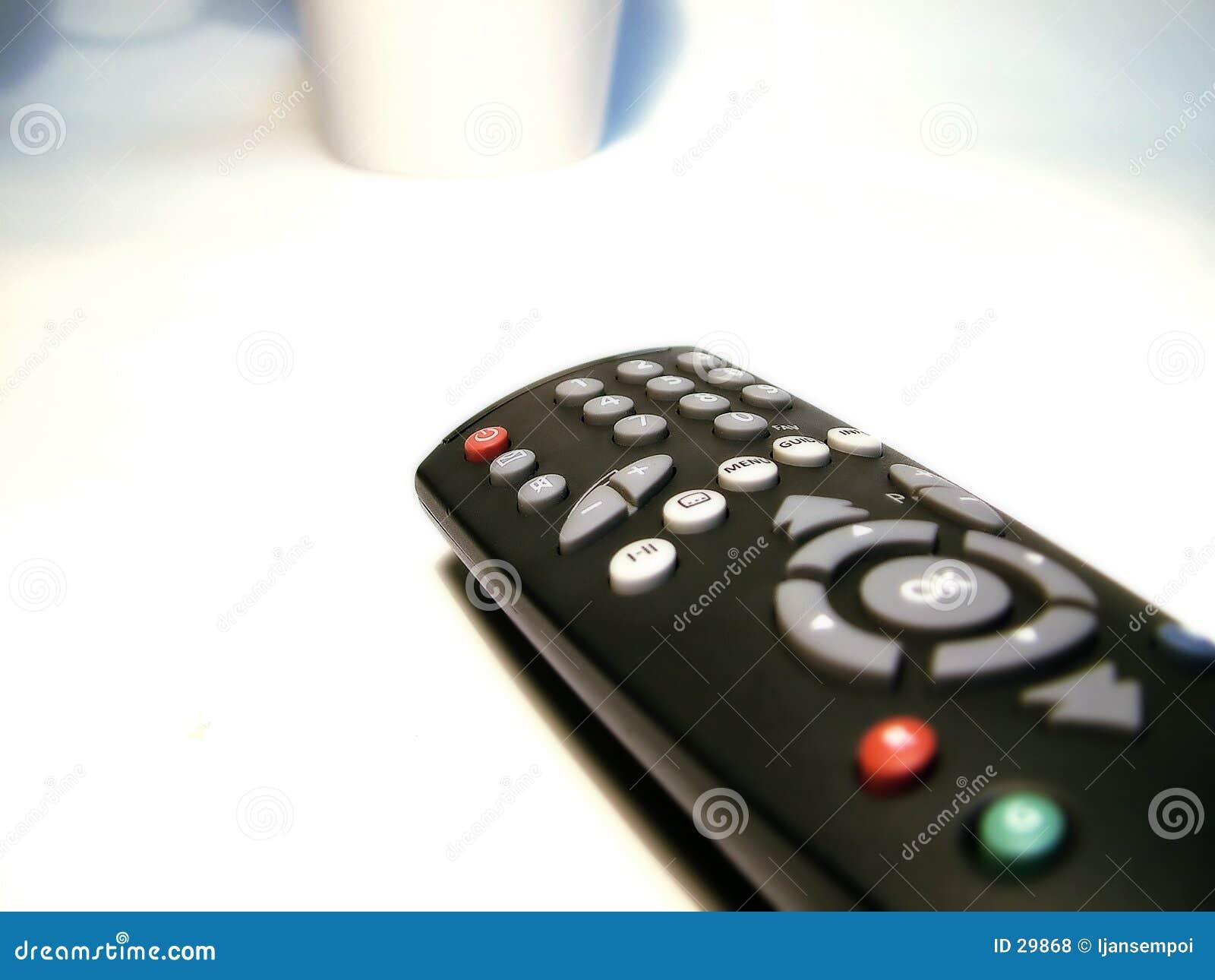 контролируйте дистанционный tv