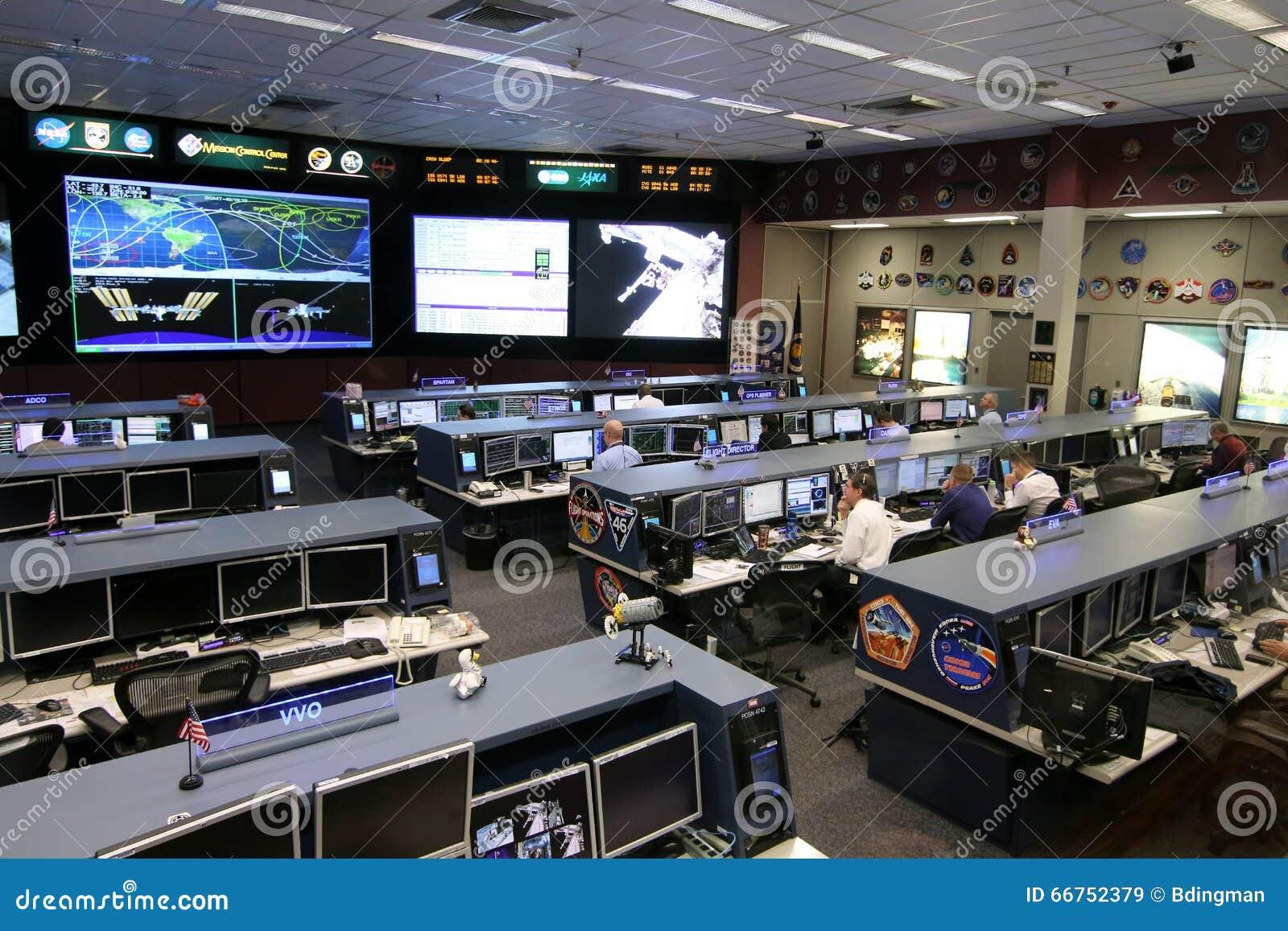 Контрольный центр управления полетом международной космической  Редакционое Контрольный центр