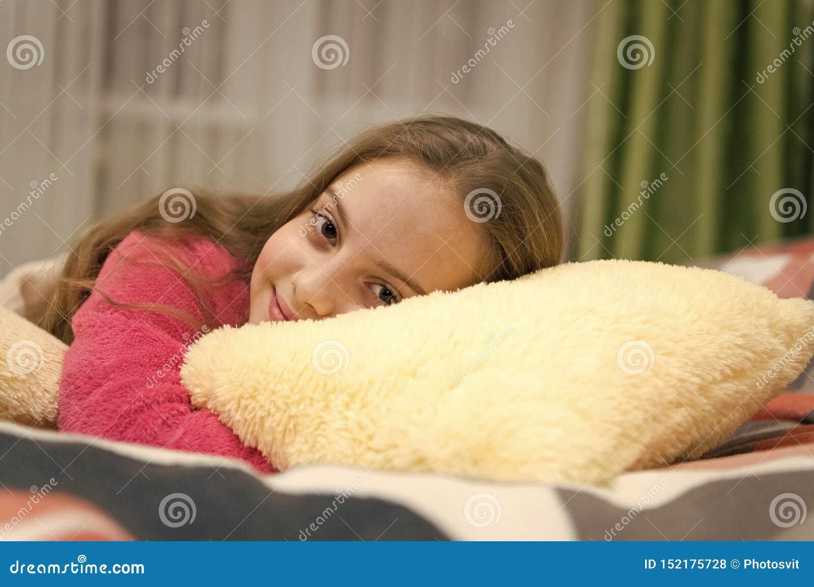Концепция ухода за детьми Приятная релаксация времени Психические здоровья и позитивность Свободные направленные раздумье и релак