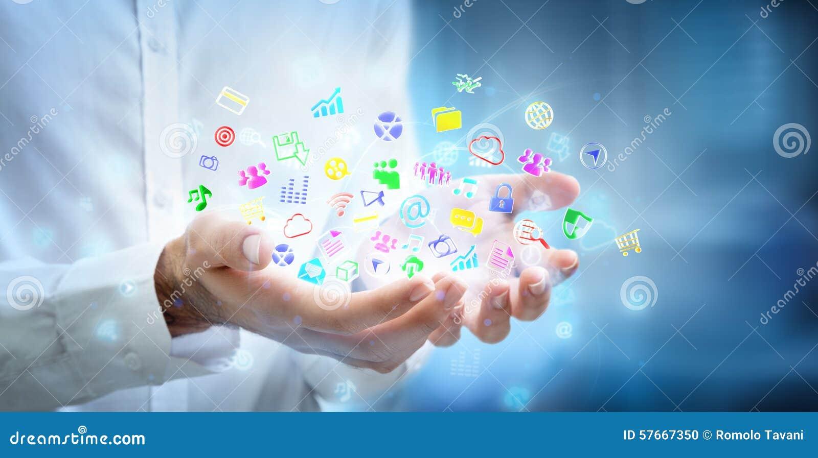 Концепция Multitasking - apps в руках