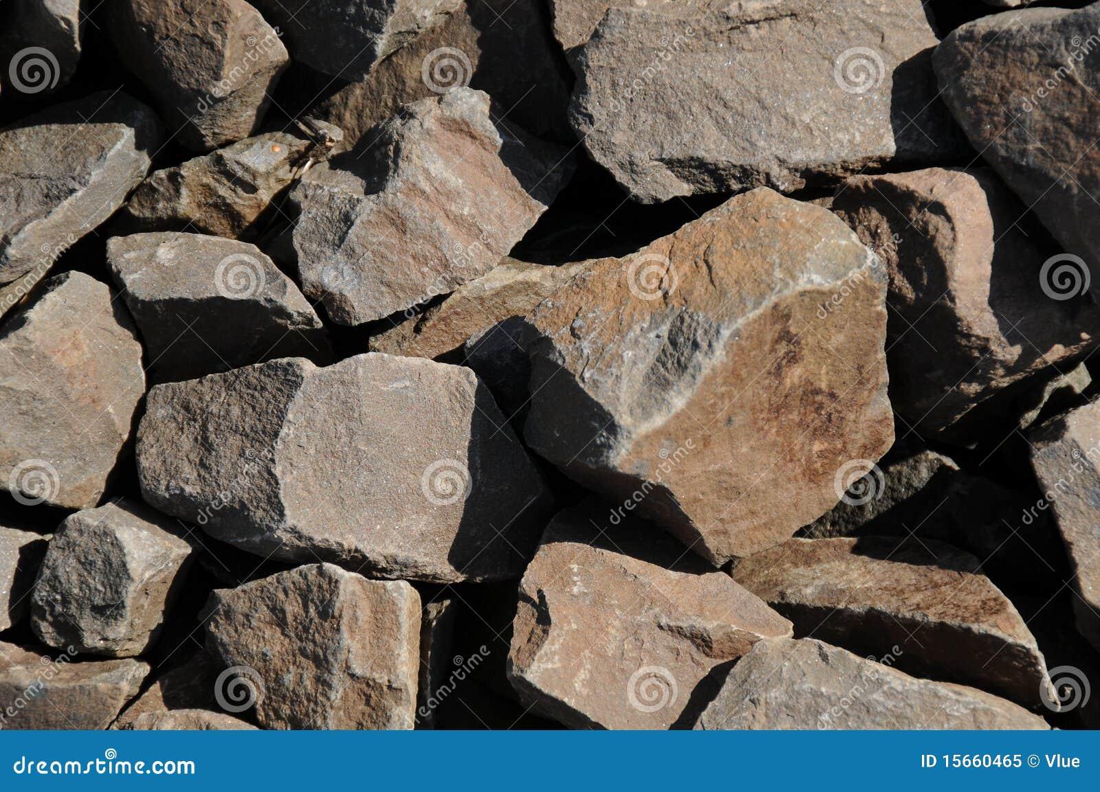 Коричневые камни