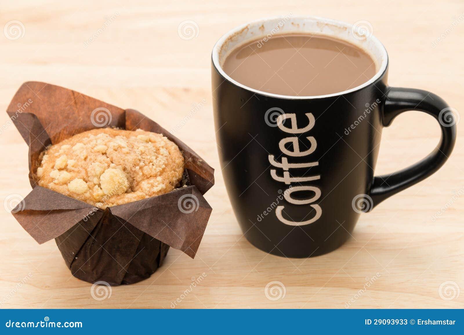 кофе и булочка фото