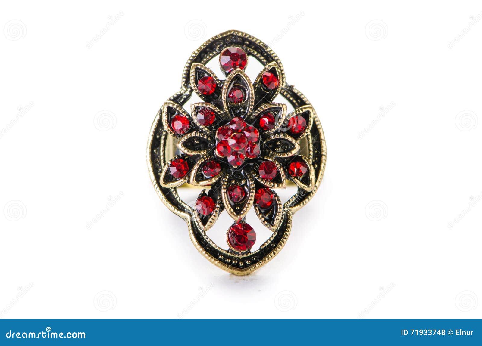 Кольцо украшений изолированное на белизне
