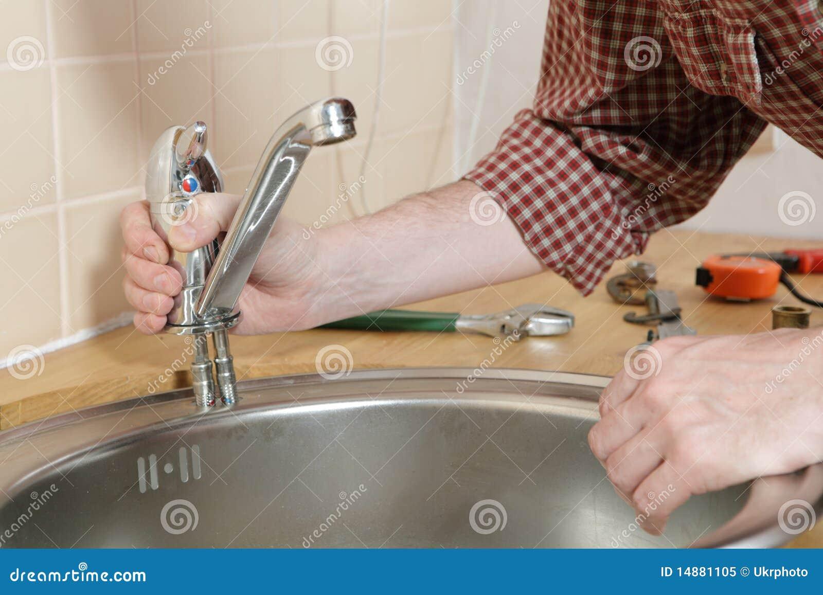 Как установить своими руками смеситель для ванной