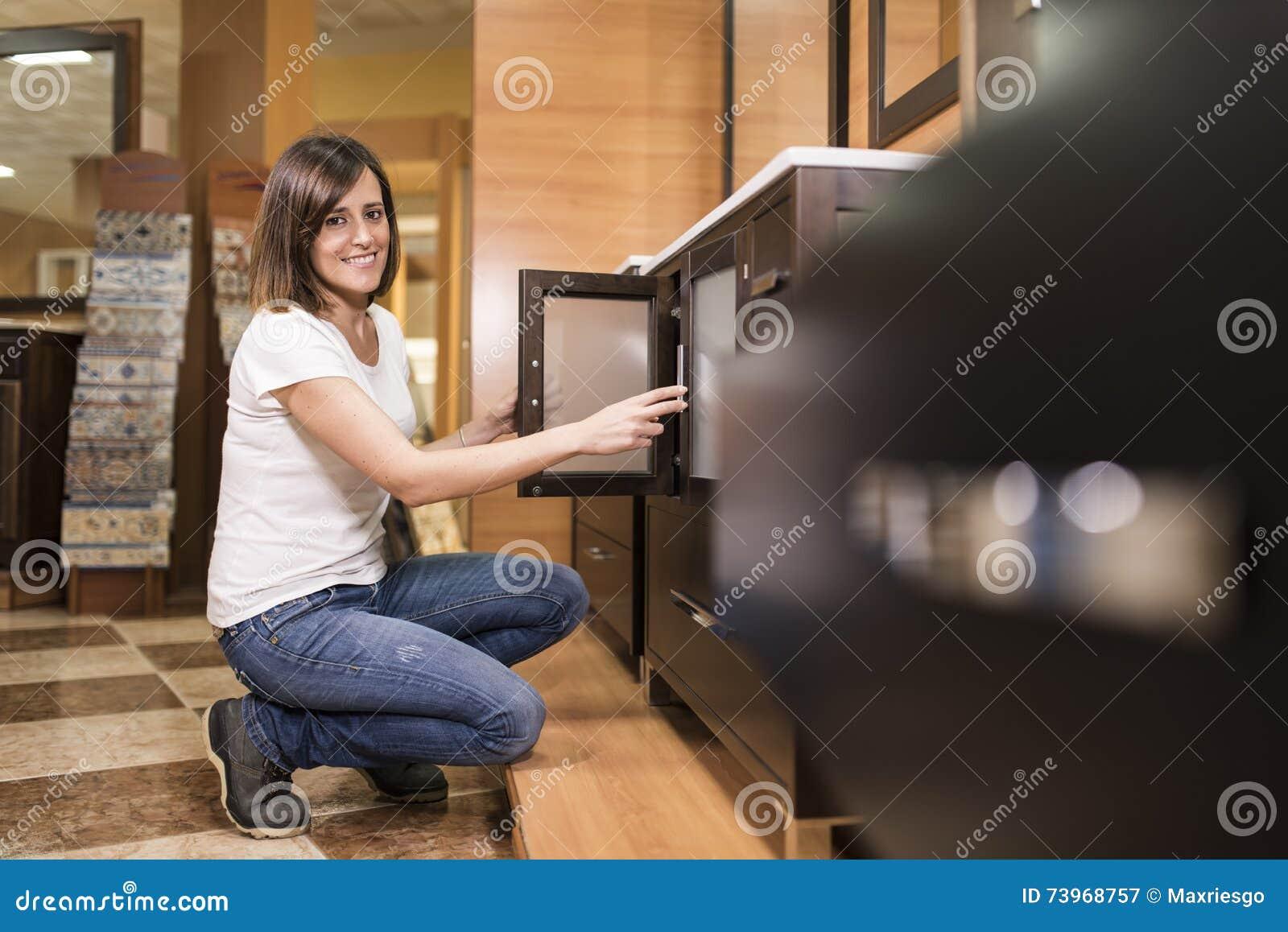 Анальный взрослая девушка в пеленках фото фото