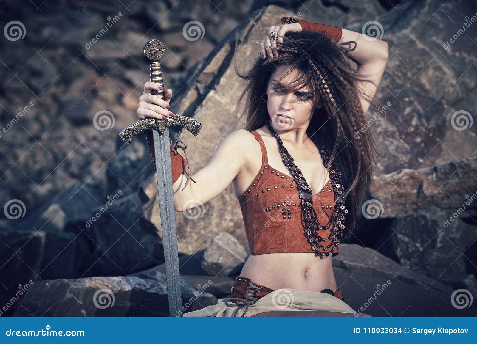 Любительские ебли амазонки и викинги видео