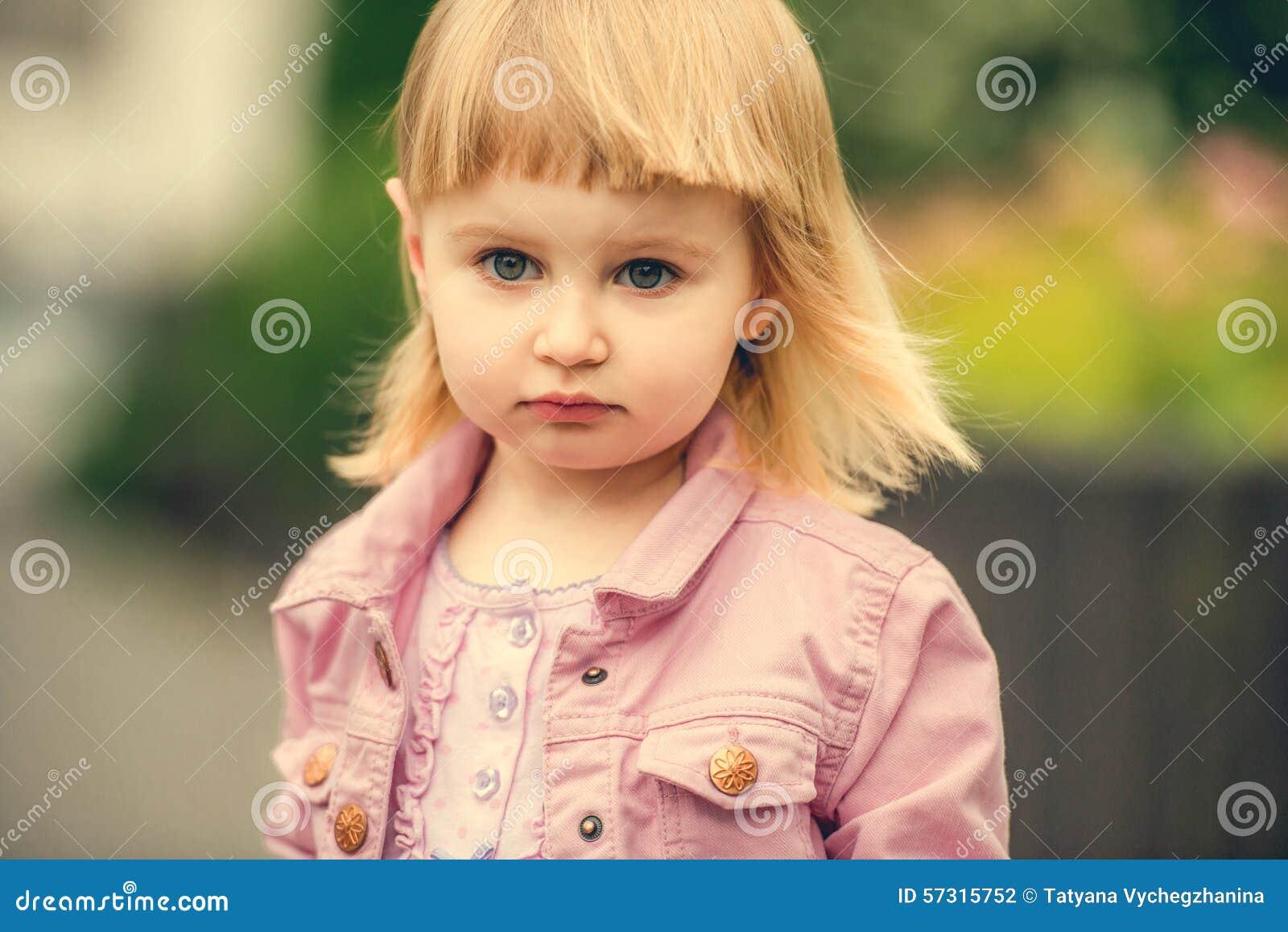 Красивые фото девушек в конце — 3