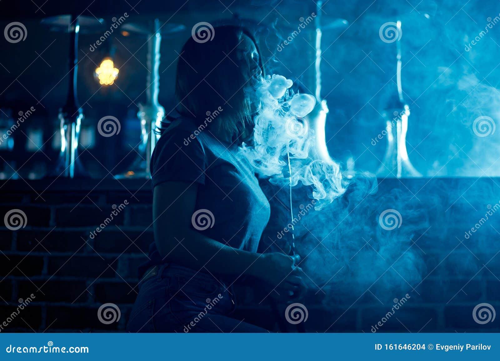 Девушек бьют в ночном клубе клубы тюмени закрыты