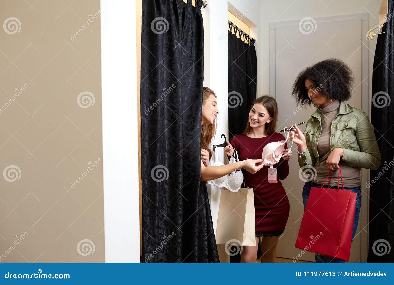 Женская примерочная белья женское белье тигр