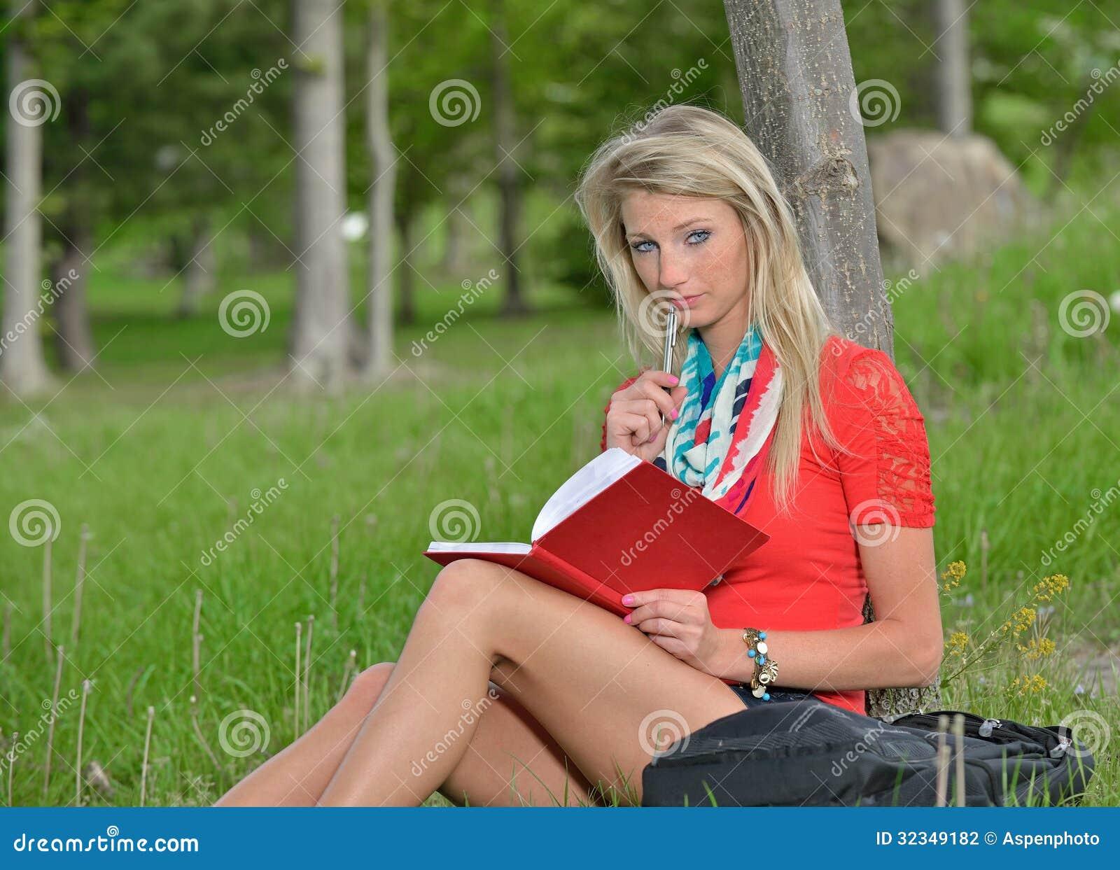 русская белобрысая студентка алина