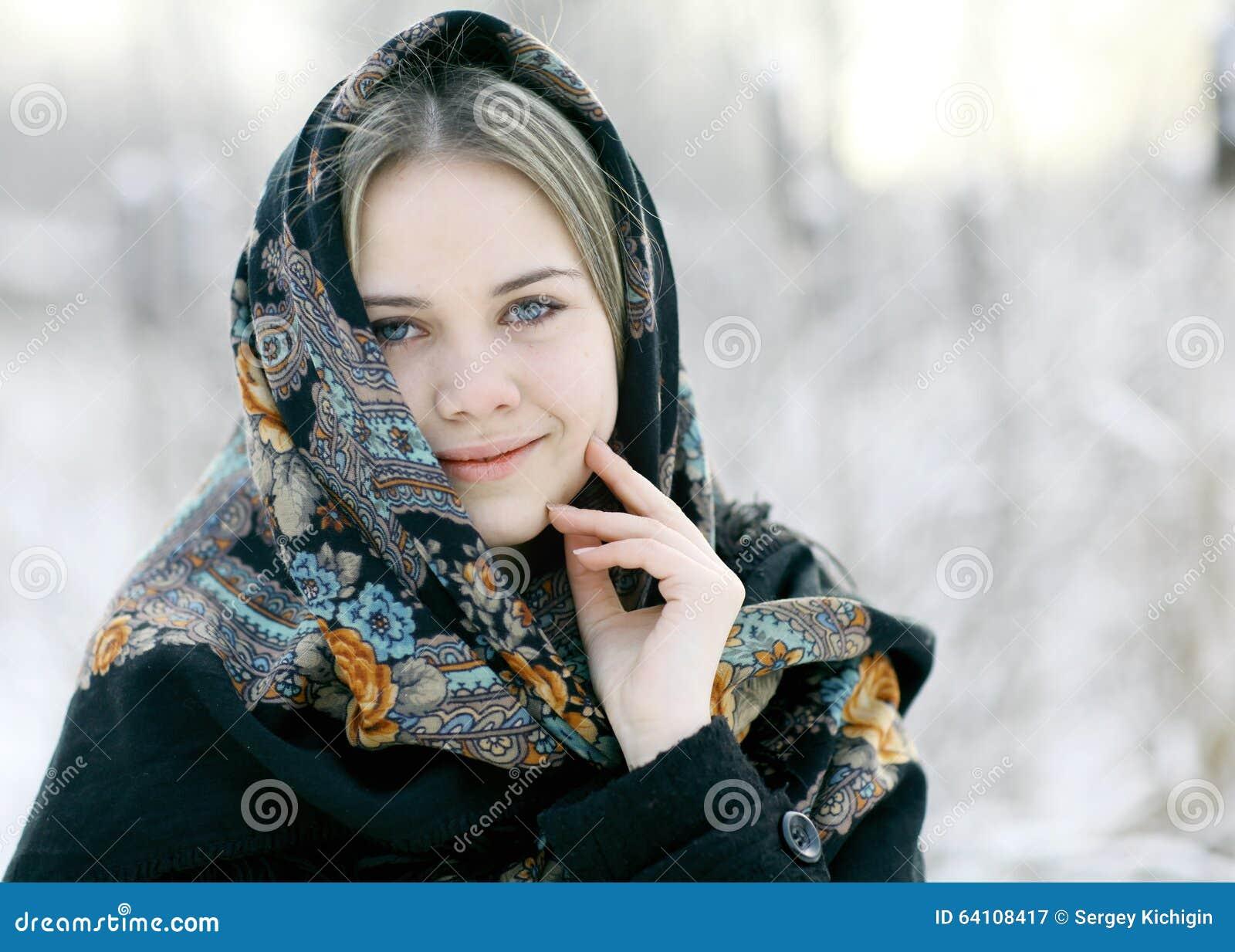 Парень русские зрелая и молодая