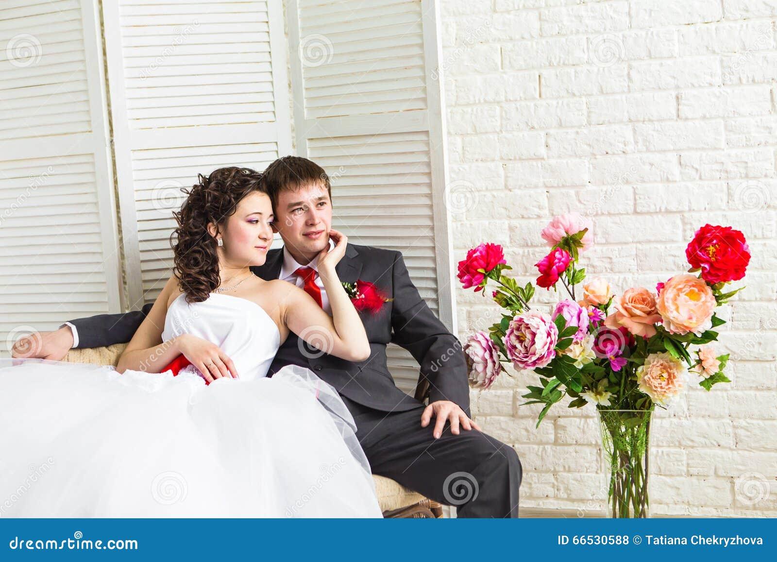 Русское порно красивая жена с любовником порно