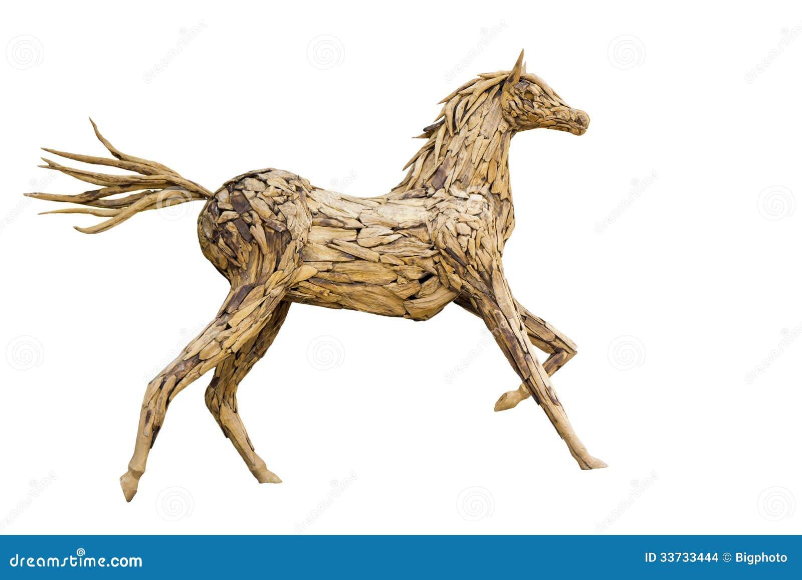 Красивая скульптура лошади