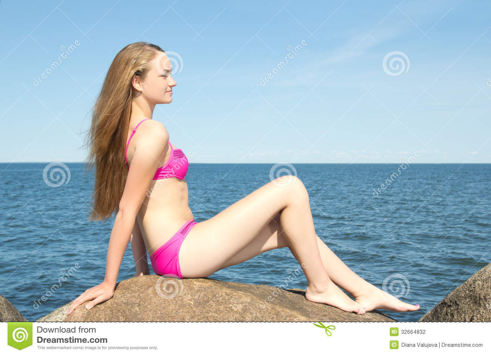 Фото модель в розовом бикини фото фото 190-507