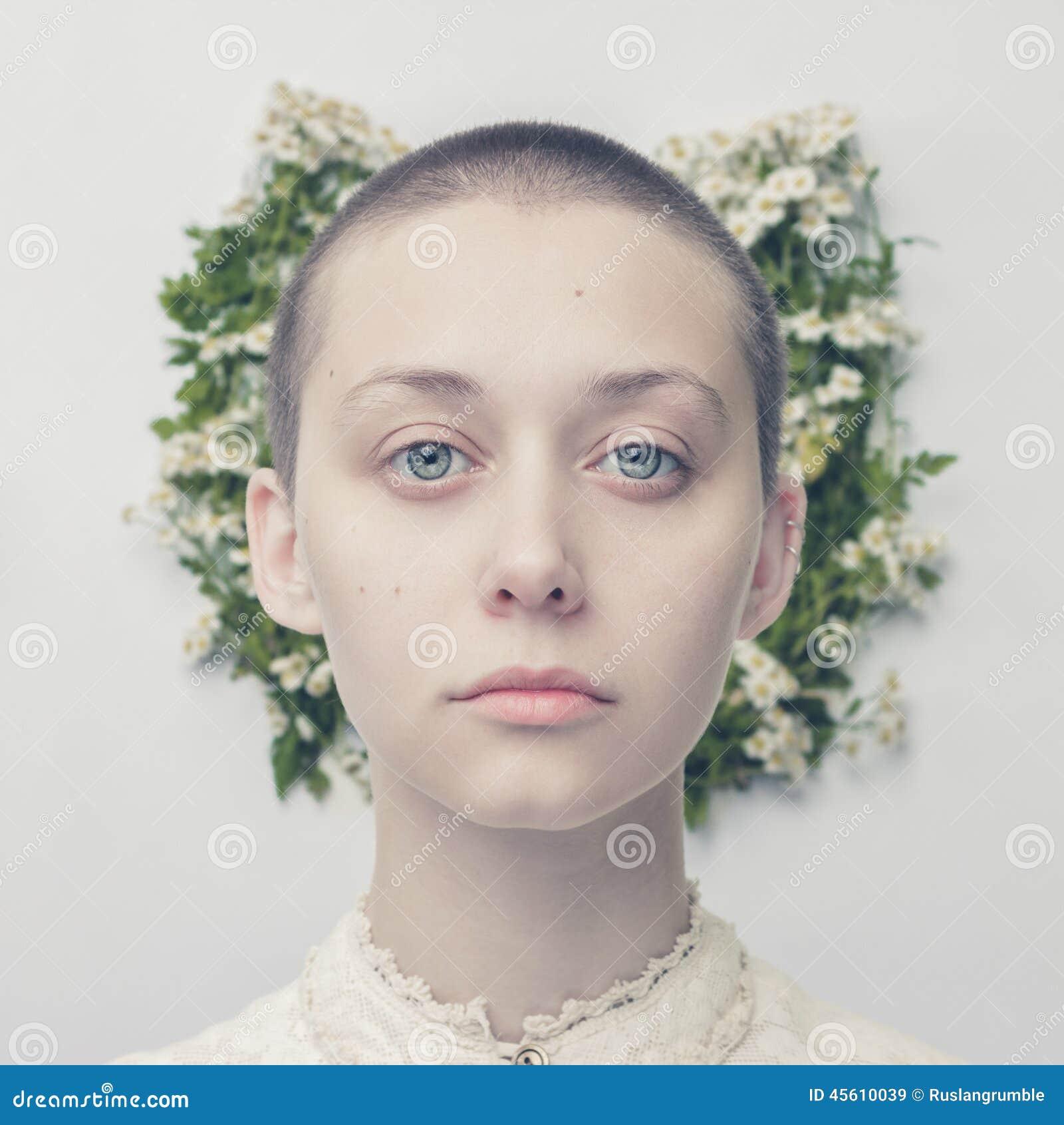 красивые девушки фото лысые