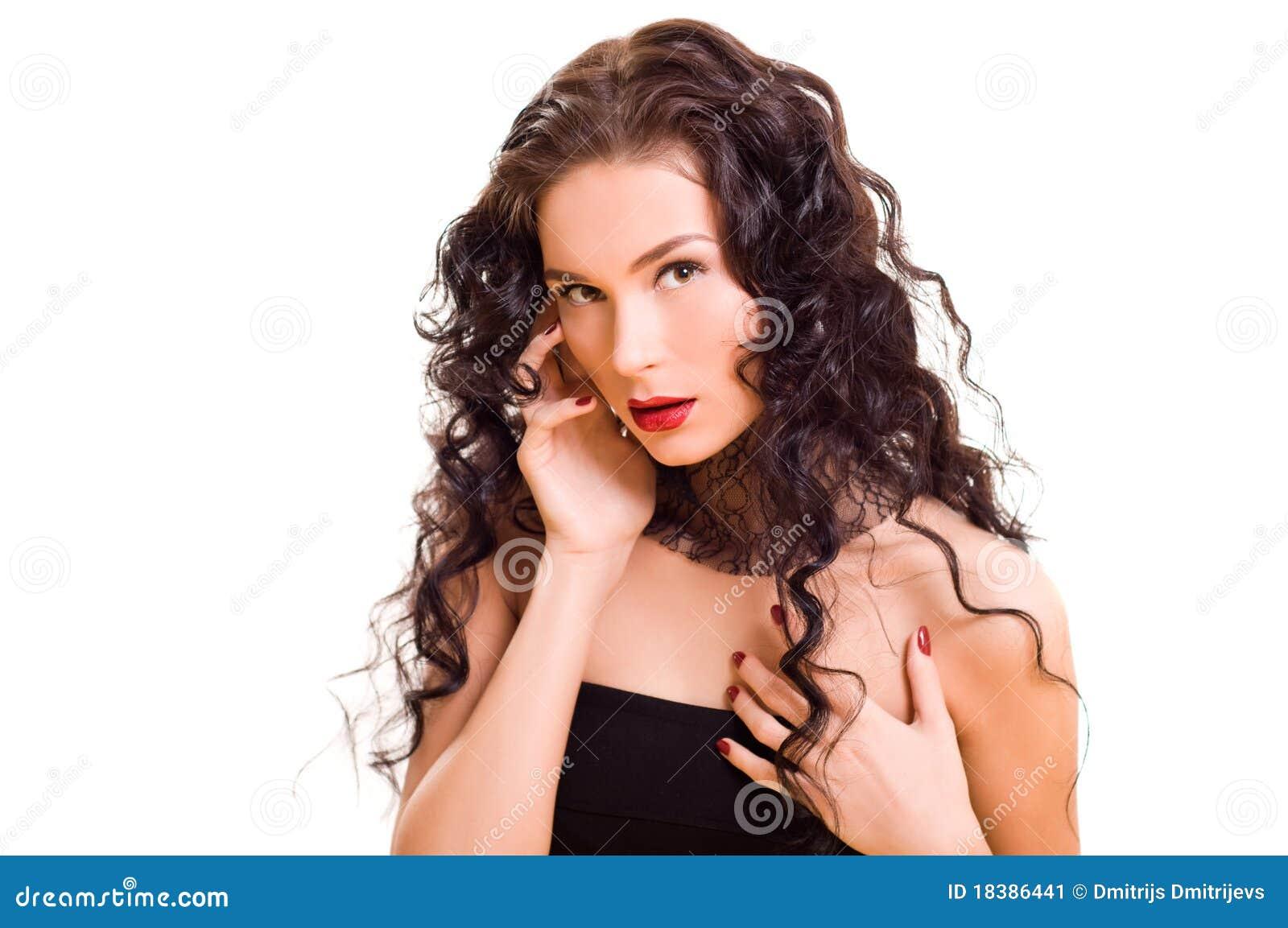 красивейшие детеныши женщины брюнет